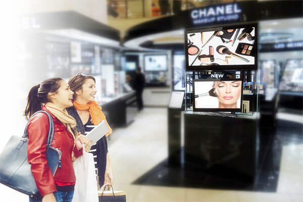shopping mall digital signage