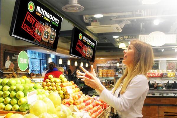 supermarket digital signage